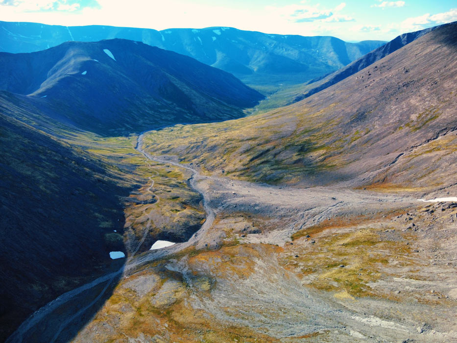Фото с дрона на вершине Хибин
